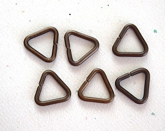 Triangle Brass Jump Ring -14mm- Jewelry Findings -12Ga- Smooth Finish - 6 Pieces