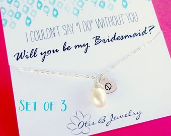 Personalized Bridesmaid pearl necklaces, SET OF THREE, Bridesmaid gifts, initial necklaces, Be my bridesmaid, Bridesmaid invite
