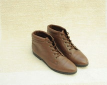 Vintage Danexx Brown Leather Ankle Boots, Womens 8