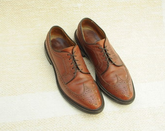 Vintage Allen Edmonds Brown Pebbled Leather Wingtip Oxford Shoes, Made in USA, Mens 9 1/2 B  / ITEM081
