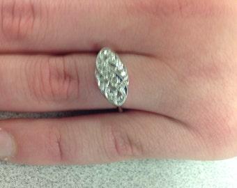 Vintage 14k White Gold Diamond Scroll Ring
