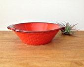 Serving Bowl Rooster Red Orange  METLOX POPPYTRAIL 1970s Dinnerware