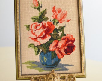 Vintage Shabby Rose Needle Point framed Picture, Needle point wallhanging