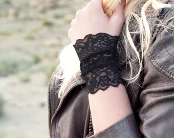 Black Lace Bracelet Cuff, Stretch Cuffs, Black Lace Wrist Cuff, Arm Band, Wristband Wrist Tattoo Cover Up, Boho Bracelet, Long Arm Cuffs