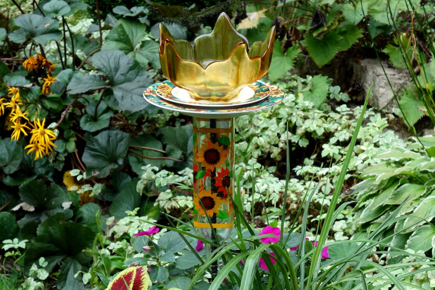 Sunflower garden decor and yard totem made with recycled for Recycled yard decorations