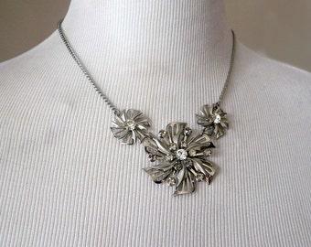 Vintage Silver Filigree Flower Rhinestone Necklace - Wedding, Prom, Formal, Retro