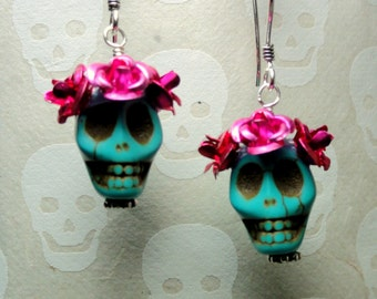 Dia de los Muertos Earrings - Turquoise Skull w/ Hot Pink Flowers