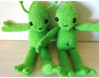 Little Green Alien with Pullover Knitted Toy | Alien Amigurumi | Handknit Alien Softie