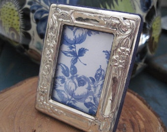 Vintage Small 925 Silver Repousse Picture Frame