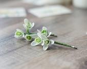 Snowdrop hair clips - bridal hair bobby pins - winter hair clips - winter white flower wedding - holiday hair clips - woodland wedding