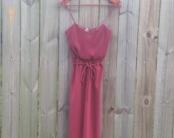 S Small Vintage 70s Maroon Cranberry Spaghetti Strap Sexy Disco Club Ribbed Glam Summer Spring Dress Sundress