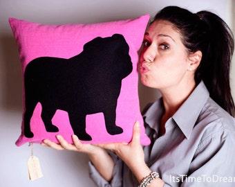 Personalized Bulldog pillow, English Bulldog, fluo pink and black, dog pillows, decorative pillows, pet portrait, cojín del sofá, cushions