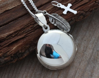 Large STERLING SILVER Round Locket - one charm included. Heirloom Locket, CHOOSE chain. Round Locket Necklace - Photo Locket Jewelry- R-3