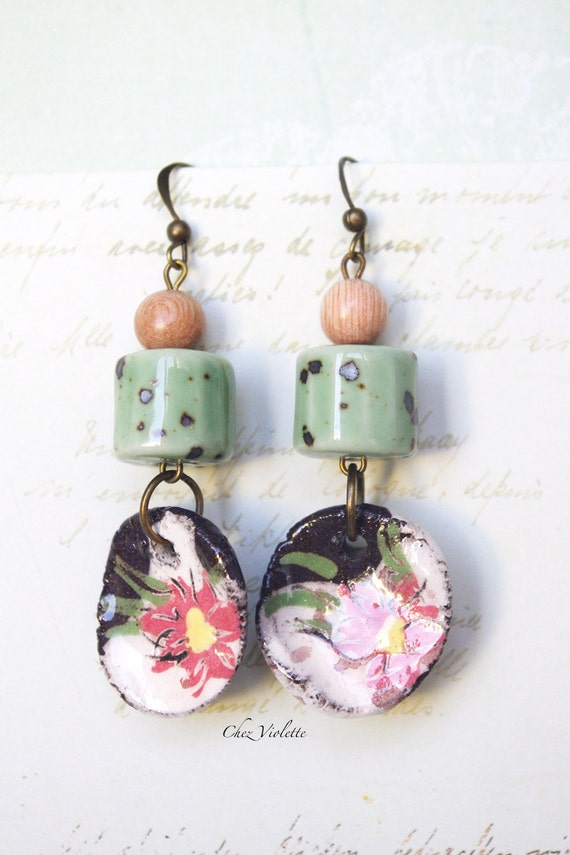 Flower jewelry Pink Green earrings Garden earrings Ceramic