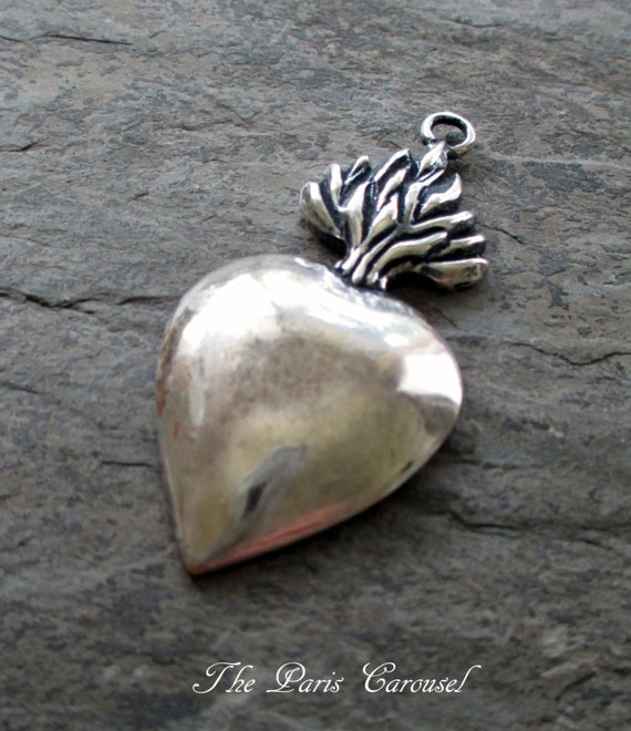 Silver plated sacred heart pendant ex voto flames catholic silver plated sacred heart pendant ex voto flames catholic religious medal vintage style assemblage jewelry supply from pearlandivysupply on etsy studio aloadofball Images