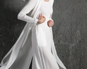 Layered Linen Dress - White Women's Dress with Overcoat Long Sleeves Loose-Fitting Plus Size Autumn/Winter Fashion C625