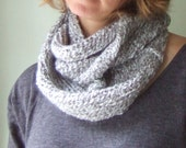 Ash Gray Scarf .. Gray Infinity Scarf .. Light Gray Scarf .. Grey Scarf .. Cozy Scarf .. Knit Cowl .. Eternity Scarf .. Loop Scarf