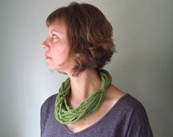 Green Cashmere Scarf Necklace / Green Chain Scarf / Merino Scarf