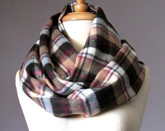 Tartan scarf, plaid scarf, Beige infinity scarf, Christmas scarf, winter scarf , warm scarf
