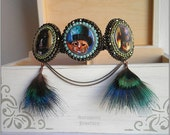 The league of extraordinary gentlemen - Steampunk bracelet with cat gentlemen and feathers, bead embroidered
