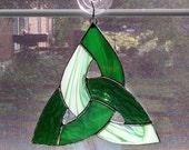 Celtic Knot Stained Glass Suncatcher - Irish Decor - Celtic - Green - Scottish - St Patricks Day - Irish Ornament - Housewarming Gift
