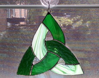 Celtic Knot Stained Glass Suncatcher, Irish Decor, Trinity Knot, Celtic, Green, Scottish, St Patricks Day, Irish Ornament, Housewarming Gift
