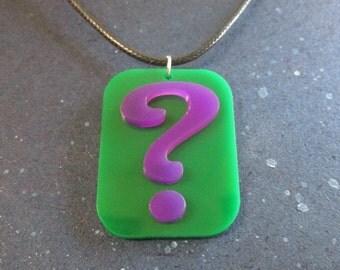 The Riddler Question Mark Logo Pendant Necklace Emblem Symbol Cosplay