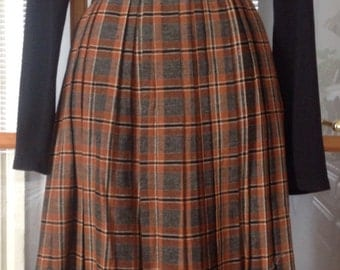1950's 60s plaid wood pleated skirt size small