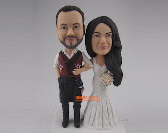 Custom wedding cake topper bobblehead personalized cake topper wedding topper bobblhe head, Bride and groom cake topper-CT E319