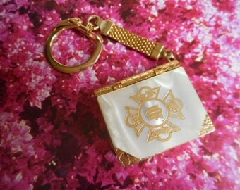 Vintage French Perfume Mother of Pearl Compact, Gold Key Chain Perfume Holder, Mother of Pearl Compact, Purse Compact, Solid Perfume Compact
