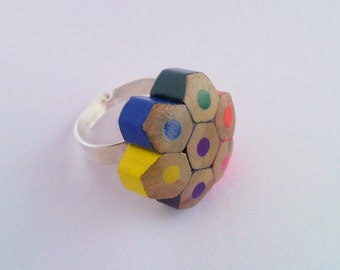 Coloured playful pencil crayon adjustable ring - slim style - little colourful mottled, dotted, spotted flower - wholesale also available