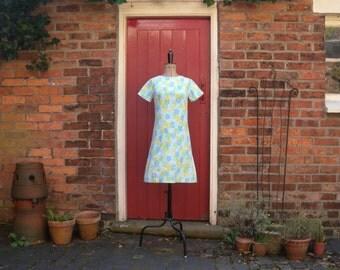 1960s Flower Power shift dress / 60s mod floral dress / vintage a-line graphic print dress / small cotton dress