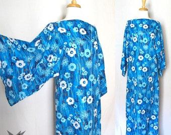 Vintage 1960's Bold Blue Floral Oversized Bell Sleeve Caftan Maxi Dress Size Medium