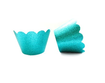 12 Teal Glitter Scallop Cupcake Wrappers - Cupcake Liners, Cupcake Cases, Cupcake Wrapper, Muffin Cups, Muffin Wrappers, Mermaid Party