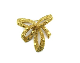 1960s  Trifari Gold Tone Bow Motif Brooch