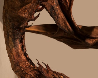 Smaug dragon sculpture from the Hobbit