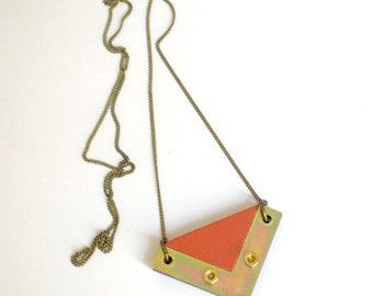Salmon-pink square necklace