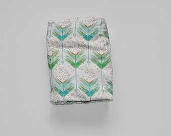 Fitted Crib Sheet in Watercolor Arrows Green and Aqua