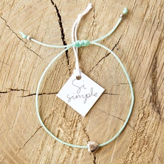 Heart bracelet on a nylon thread handmade in Montreal