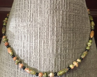 Unakite and Black Onyx 15 inch Choker Length Necklace