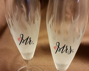 Mr. and Mrs. flame etched champagne flutes with vinyl lettering - Mr. and Mrs. champagne flutes - flame champagne flutes - etched flutes