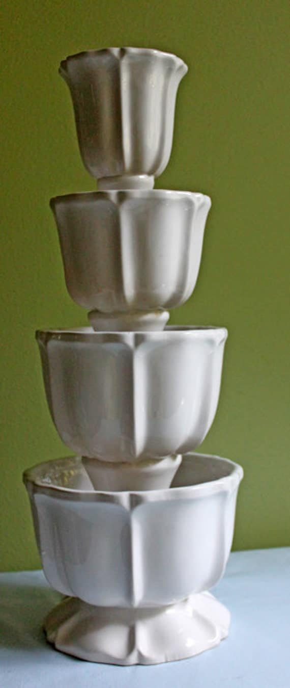 Table centerpiece four tier white ceramic stand with bowls