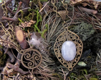 """Necklace """"Lunar guardian"""""""