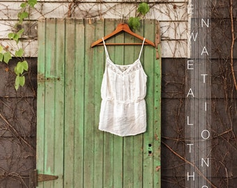 Minimal Lacey White Top - Free Shipping!!!