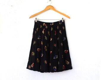 Vintage 80s 90s Starburst Midi Skirt // Graphic Black Skirt