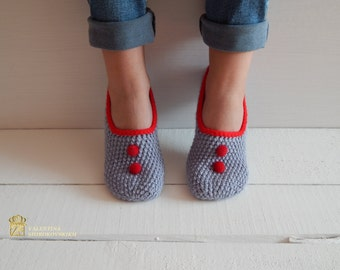 WOMAN SLIPPERS SOCKS /Crochet Slippers. Knitted slippers. Women shoes. Made to order