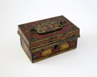 Authentic 1930s Small Vintage Trinket Box