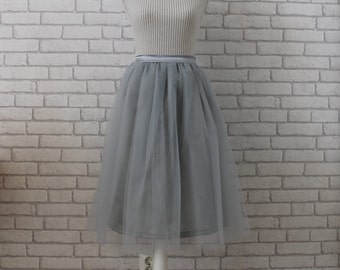 Gray tulle skirt, tulle skirt, women tulle skirt, grey tulle skirt, bridesmaids skirt, tea length tulle skirt, plus size tulle skirt, skirt