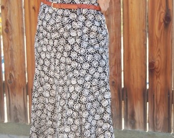 Vintage 90's Black and White Abstract Floral Print Dress Liz Claireborne Size Medium Size 6