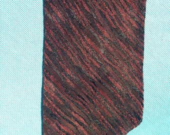 Vintage 1950s/1960s Men's neck tie, tiger pattern